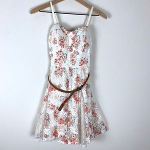 Lily Rose Floral Lace Belted Mini Dress size Small